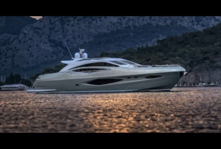 NUMARINE DOPPIO DEBUTTO Al Cannes Yachting festival 2016 con  78HT Evolution e 60 Flybridge